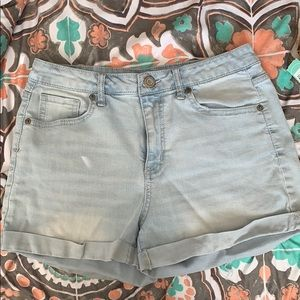 High waisted midi shorts from Aeropostale